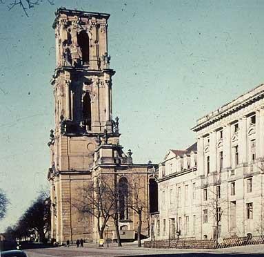 Keine Kirchturmhaube – Priorität für einen Lernort!